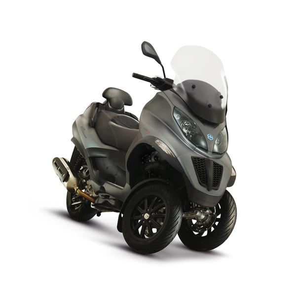 piaggio mp3 500 lt sport motorscooter rijden met je autorijbewijs pagina 4. Black Bedroom Furniture Sets. Home Design Ideas